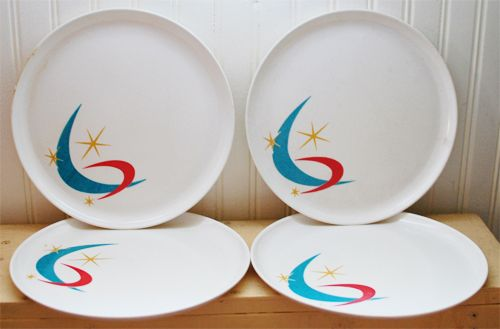 Atomic era moon and starburst melmac plates...love these!