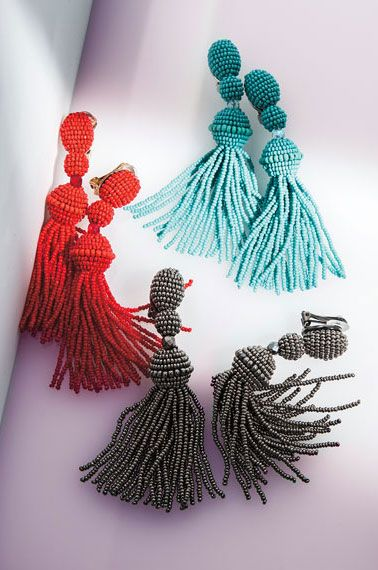 okay, do i have any friends with trust funds who want to get me a super nice present from Oscar de la Renta...? no? alright. figured it wouldn't hurt to ask. (but just in case, i like the poppy red colored ones :)
