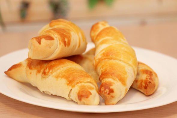 Leckere und schnelle Käse-Schinken-Hörnchen aus dem Thermomix® TM5