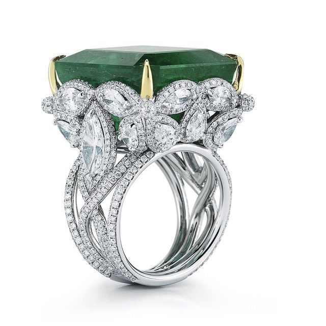 Takat ! Emerald ring