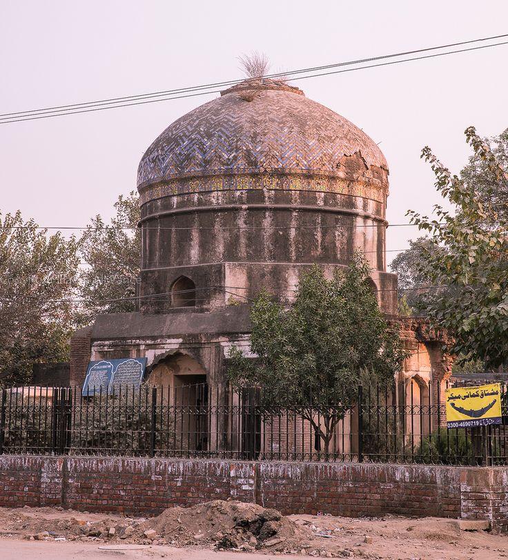 "https://flic.kr/p/NgS7Yf   0W6A8845   Gurudwara Bhai Buddhu Da Awa, Lahore Punjab Pakistan This shrine is located on the Lahore-Amritsar (Grand Trunk) road facing the Engineering University. It is said that Bhai Buddhu, a devotee of Guru had started a brick kiln, bug the bricks of his kiln could not be fully backed due to a curse spelled by Bhai Kamlia. Bhai Buddhu prayed to Guru Arjun Dev ""Sacchay Patshah bless me!"" Guru Dev Ji told him that the curse of a Sikh is final but added ..."