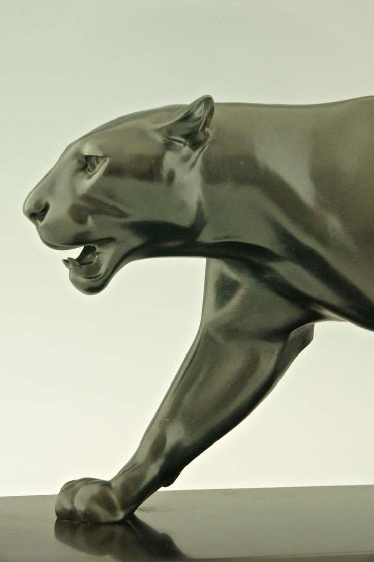 Art deco sculpture of walking panther by max le verrier for Art moderne sculpture