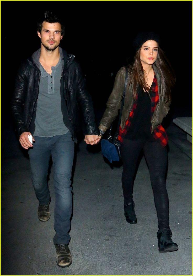 Taylor Lautner & Marie Avgeropoulos: Jay Z Concert Goers! | Marie Avgeropoulos, Taylor Lautner Photos | Just Jared