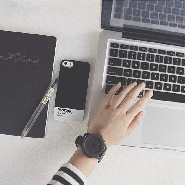 We are in love with @rosalindatjioe's Essentials!  Watch: AÃRK Collective Iconic Graphite  Tag & Share your Essentials with us #THEWATCHCO  #aark #aarkcollective #thewatchco