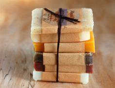 3 receitas simples de sabonetes artesanais à base de ervas                                                                                                                                                                                 Mais