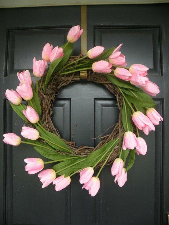 Love this Easter Wreath!: Black Doors, Tulip Wreaths, Summer Wreaths, Spring Summer, Front Doors, Easter Wreaths, Spring Wreaths, Flower, Pink Tulip