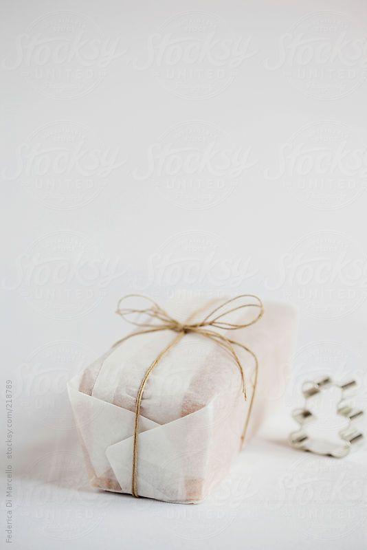 Peekaboo cake by Federica Di Marcello