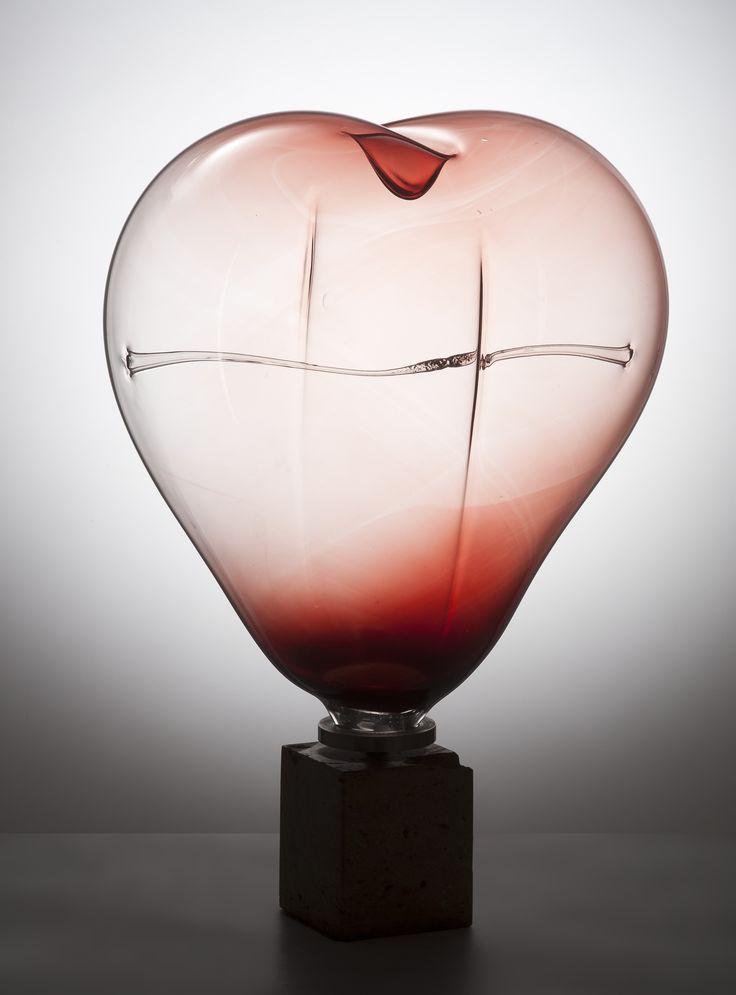 "Lubomir Blecha, ""The lion's heart"" - the monstrance - a symbol of Bohemian state sovereignty, H: 55,0 cm, 1985, glassworks Zlatno, Czechoslovakia"
