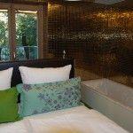 Zimmer gold #gold #tiles #room #hotel #visitinnsbruck