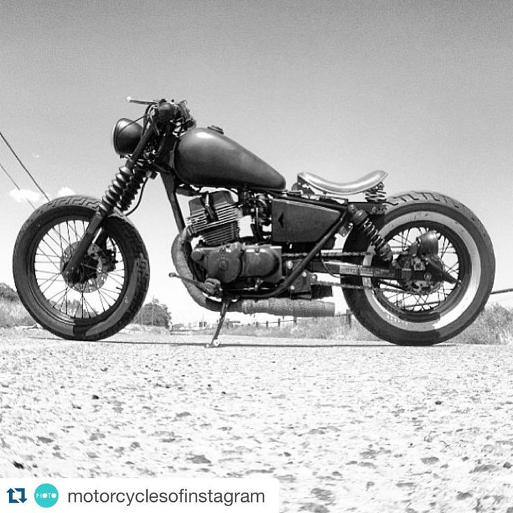 """Goodmorning! #Repost @motorcyclesofinstagram ・・・ Barefoot on the beach, #honda #rebel, ride of @petergranite #hondarebel #bobber #custombobber #badass…"""