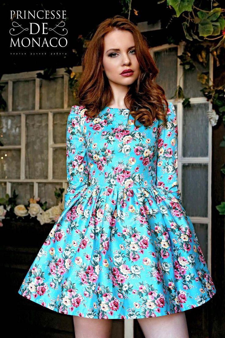 Платье летнее короткое с пышной юбкой