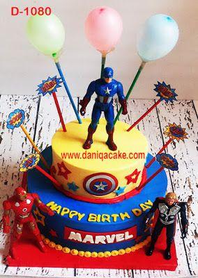 DaniQa Cake and Snack: Kue Ulang Tahun Avengers