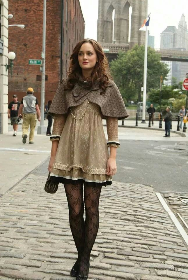 Leighton Meester As Blair Waldorf In Gossip Girl Trina Turk Espresso  Capelet Crop Jacket In Brown Tweed, Marc By Marc Jacobs Dita Lace Dress, ...