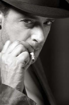 Gustavo Cerati. Inigualable, irremplazable, que en paz descanse el mejor exponente del rock en español.