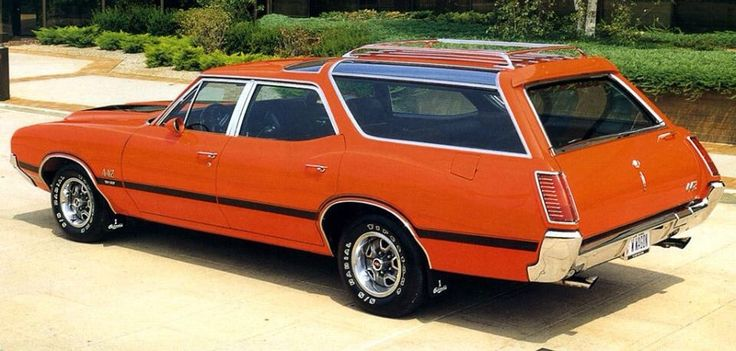 '70 Olds Vista Cruiser with 442 W25 OAI & W30 graphics
