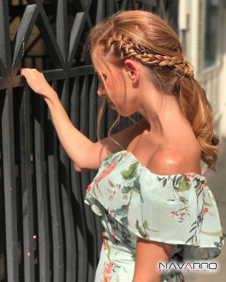 Para un peinado con aires románticos y lleno de sofisticación son ideales los recogidos con trenzas. Saca tu lado más dulce! 😍❤️☀️👱🏻♀️ #Peinados #Trenzas #HairStyle #RomanticStyle #Recogidos #Romantic #Blonde #peluqueria
