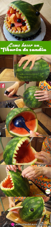 Aprende a hacer un tiburon de sandia para rellenar con ensalada de frutas, una sencilla manera para que tus hijos coman frutas de manera divertida ;)