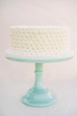 aqua cake stand