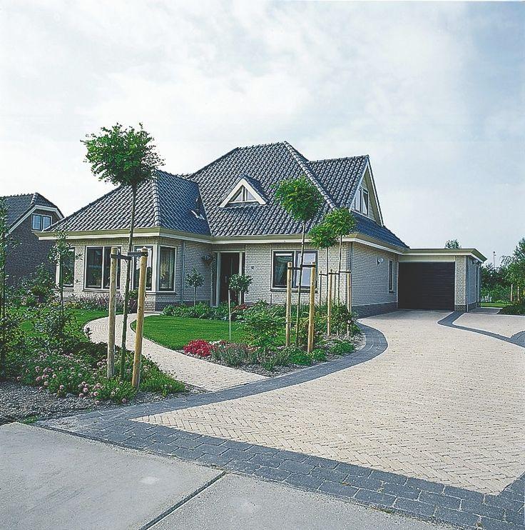 Abbeystones 20x30x5cm getrommeld zwart - Aanbiedingen - Bestrating.nl