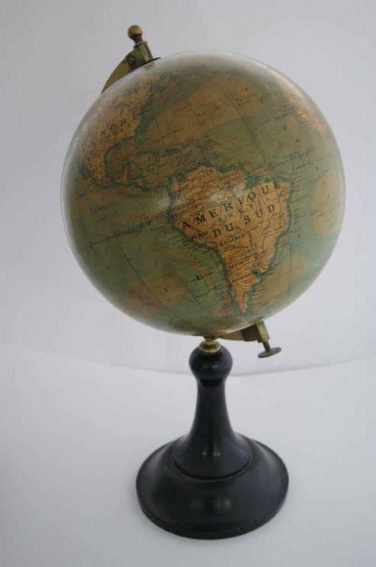 #Globe terrestre Ikelmer, gravé par Sonnet. Haut.: 48 cm Vendu aux #encheres le 9 Juillet 2014 par ENCHÈRES MAISONS-LAFFITTE, SVV à Paris