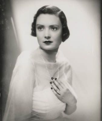 Mary Crewe-Milnes, Duchess of Roxburghe (23 March 1915 – 2 July 2014) who md 1935 (div 1953) the 9th Duke of Roxburghe.  She was served divorce papers on a silver salver at the breakfast table, and the Duke tried to oust her from Floors Castle which she initially resisted.  The Duke and Duchess had no children, and the Duke wanted to marry Elisabeth McConnel (which he did later that year). http://keehuachee.blogspot.com/2015/03/a-piece-of-old-england-for-sale.html