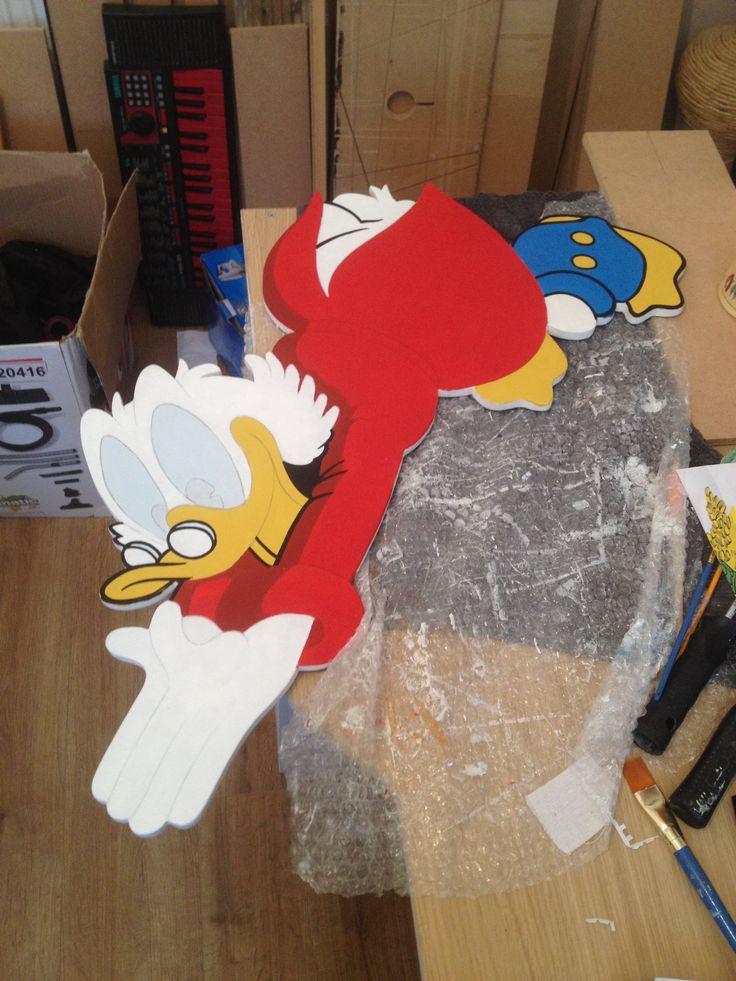 @broosart Scrooge McDuck wooden wall plaque (in progress).
