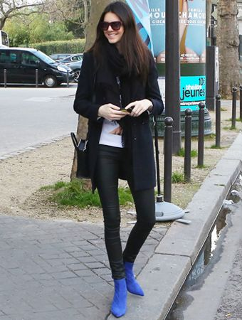 Found+It:+Kendall+Jenner's+Cobalt+Ankle+Boots #InStyle
