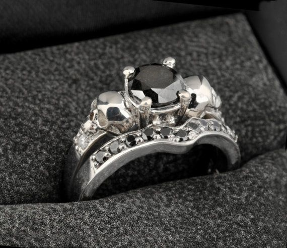 17 Best ideas about Skull Wedding Ring on Pinterest