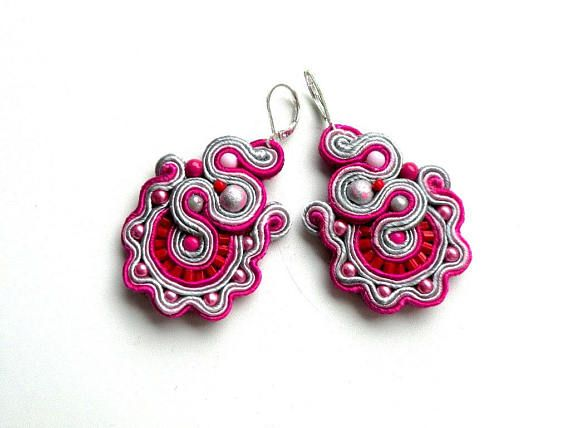 Soutache-earrings-dangle-hand embroidery-soutache
