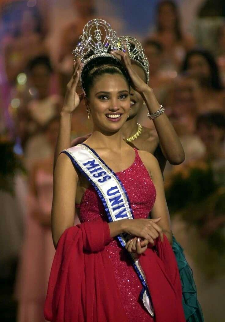 Lara Dutta - India - Miss Universe 2000