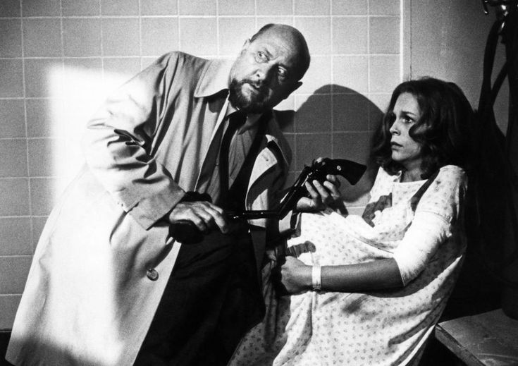 Jamie Lee Curtis and Donald Pleasence, Halloween 2, 1981