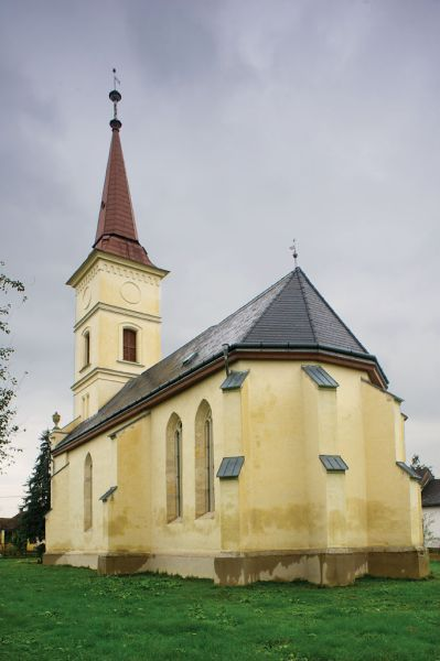 Túristvándi Túristvándi temploma az 1470-80-as évek második felében épült.,Így valószínű templomának építői és kegyurai Kölcsey és a Kende családok voltak.