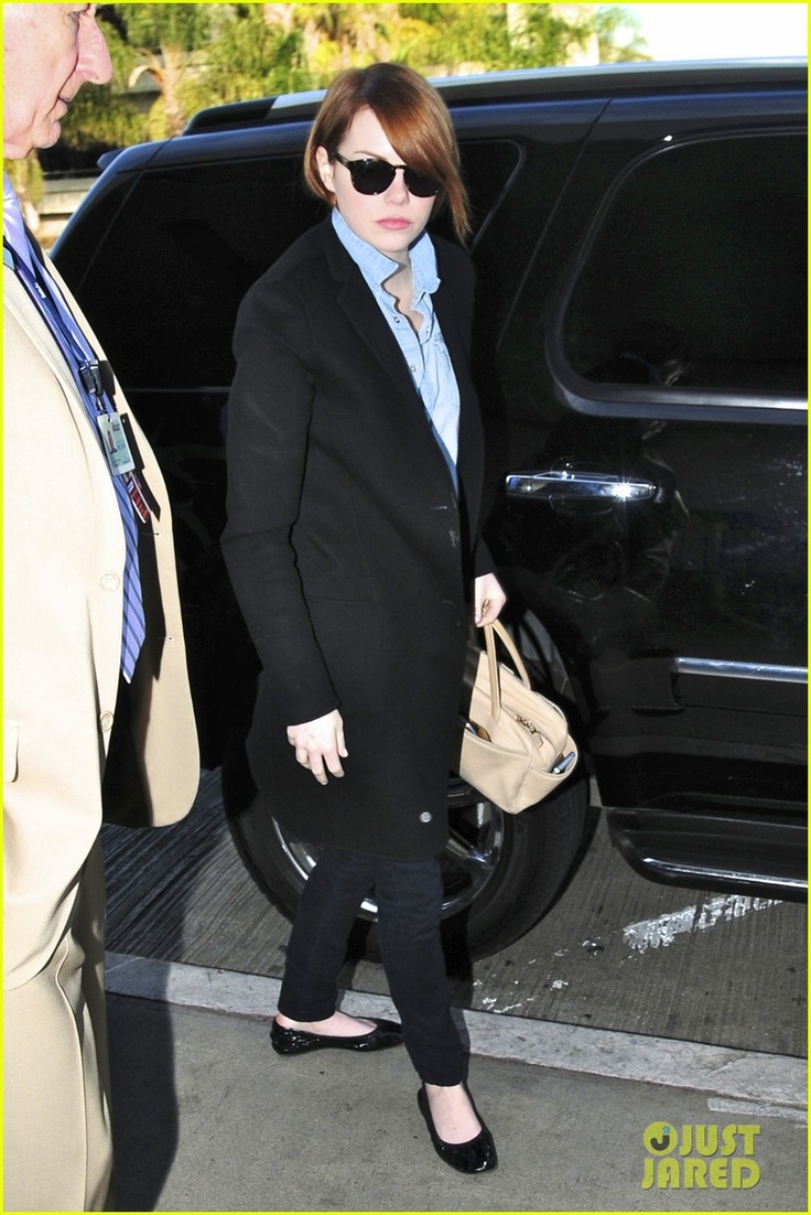 emma stone airport style: Jeans Stones, Airports Style,  Suits Of Clothing, The Angel, Emma Stones Style, Lax Airports, Stones Airports, Stylish Stones, Airport Style