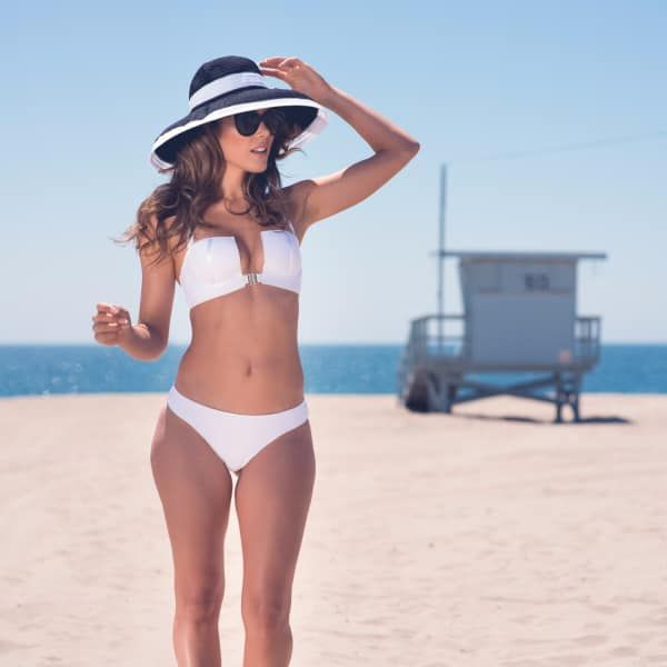 Underwired White Bandeau Bikini Top | Sama Danesh | Wolf & Badger