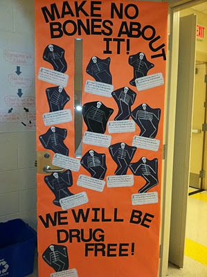 Red Ribbon Week Door w/ printables