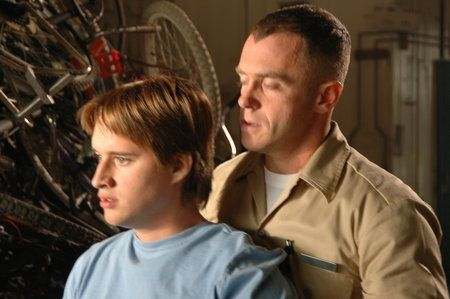 Noah (Jeremy Lelliott) and Norris (David Eigenberg)