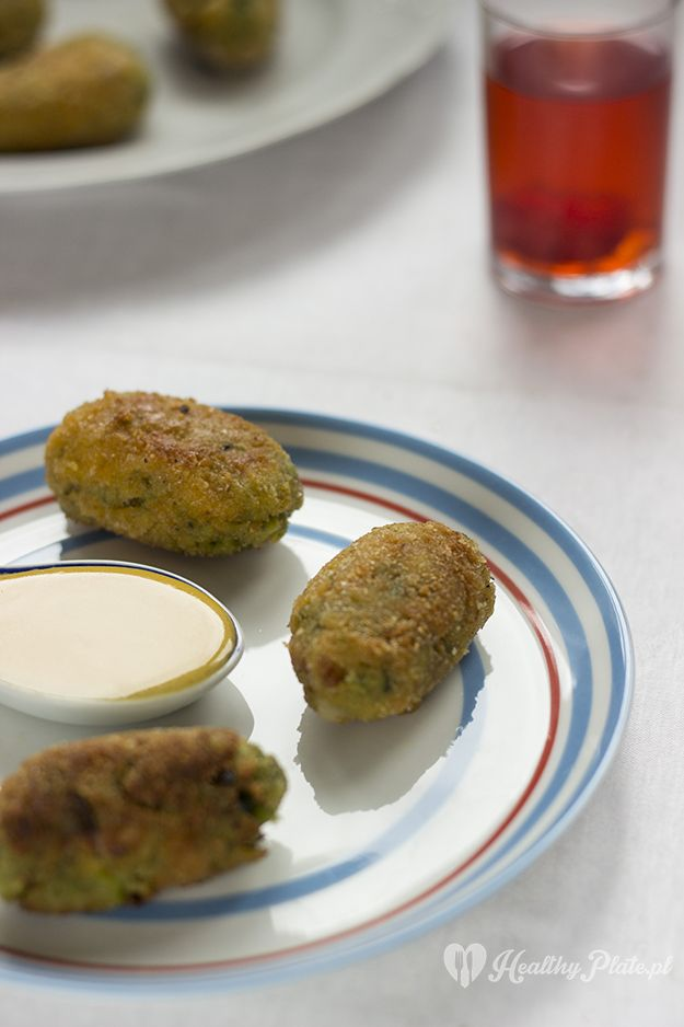 croquettes with broad bean and bacon /  croquetas de haba y tocino
