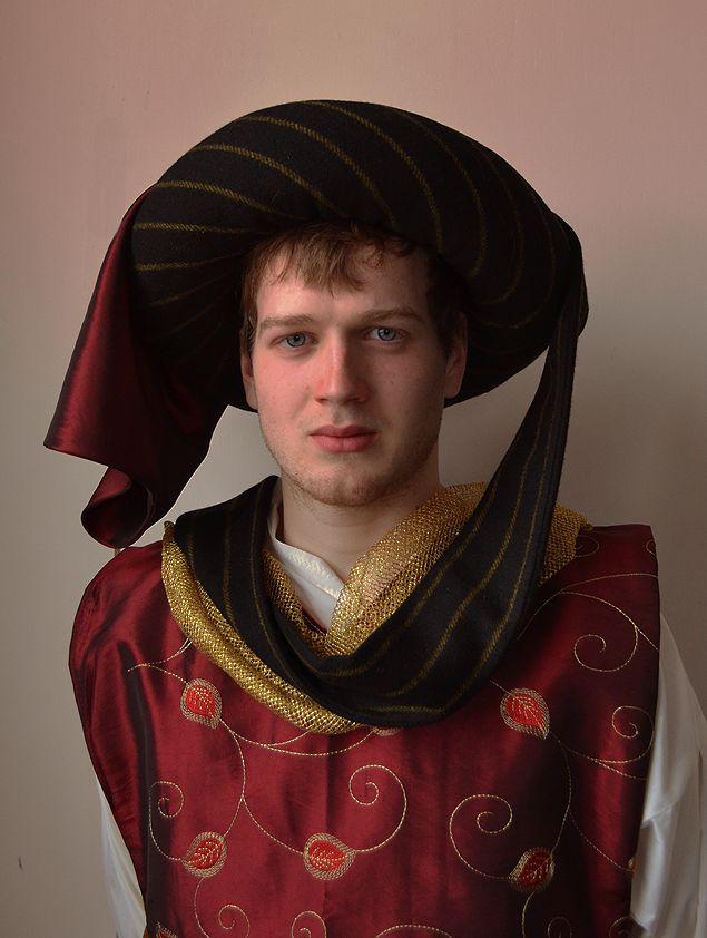 Men's 14th Century Chaperon by Velven