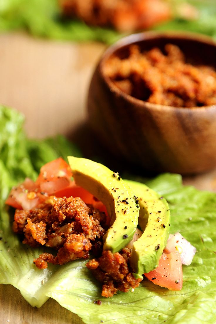 60 best raw images on pinterest vegan food raw recipes and rezepte raw vegan lettuce tacos with chorizo salsa and avocado divinehealthyfood forumfinder Images