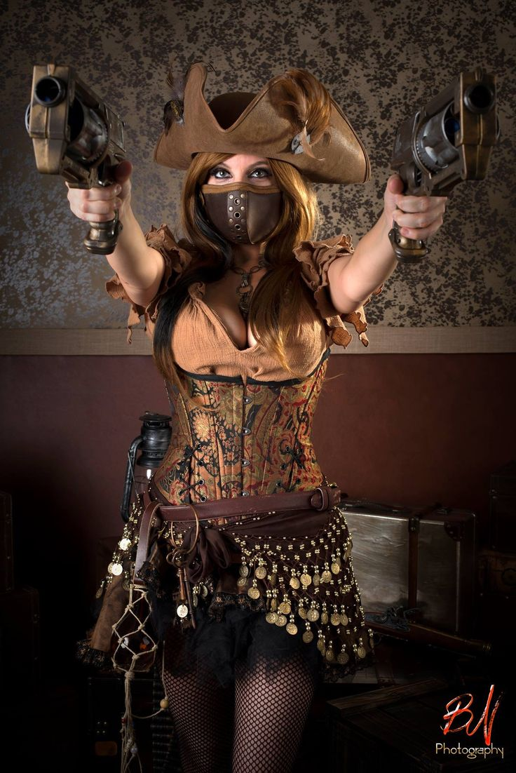 Pirate steampunk cosplay / costume / women's fashion / post apocalyptic inspiration