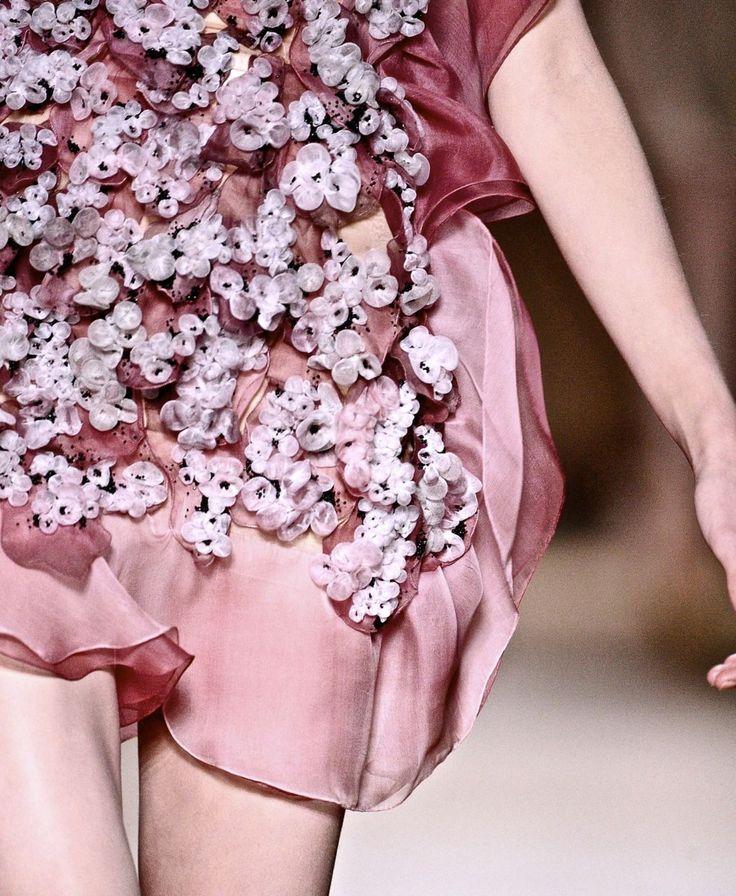 17 best images about flower child on pinterest oscar de for Haute couture pronunciation