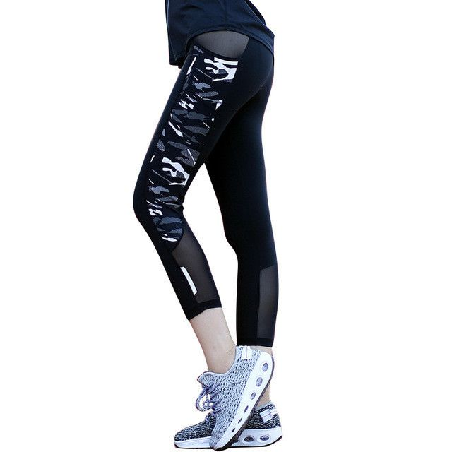 Women Running Compression Tights Mesh Patchwork Camouflage Running Yoga Pants Reflective Sexy Fitness Capris with Zipper Pocket