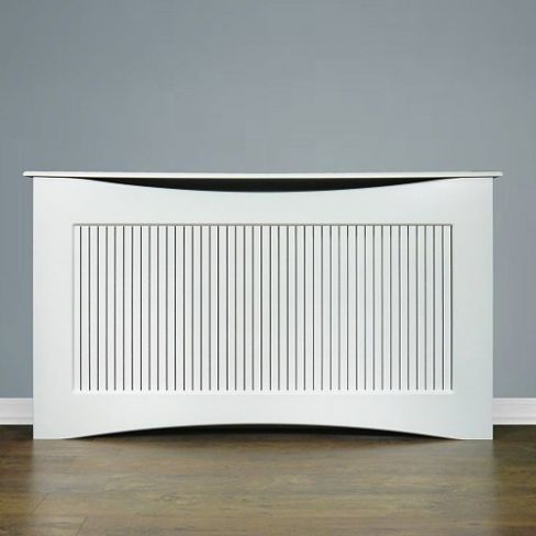 A contemporary-style radiator cover with a clean and simple design. H90 W160 D20cm.