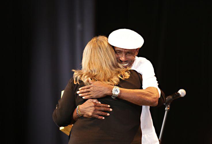 Maestro Gualajo  y Ministra de Cultura. Crédito Edward Lora @edwardloram
