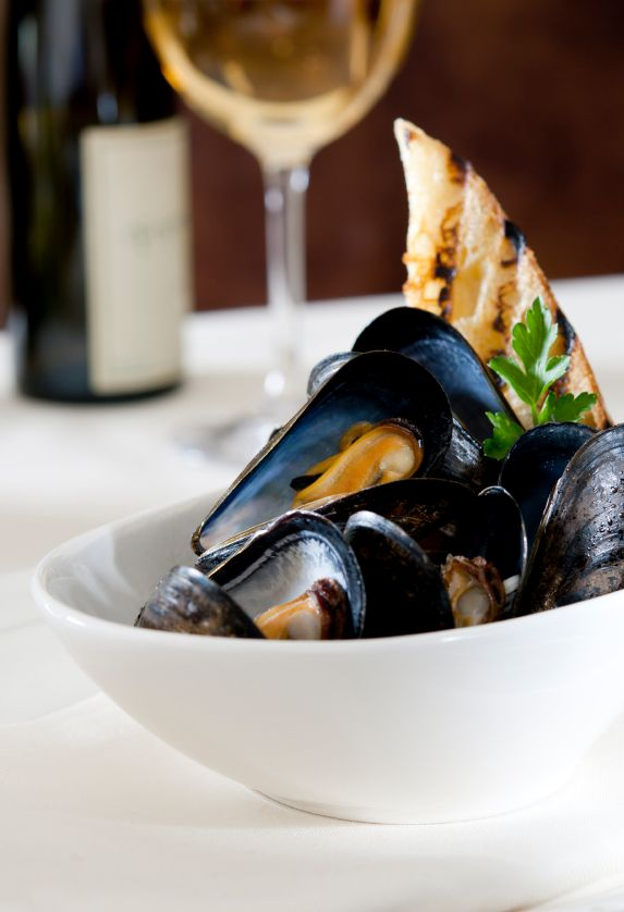 steamed mussels How to Buy and Cook Mussels