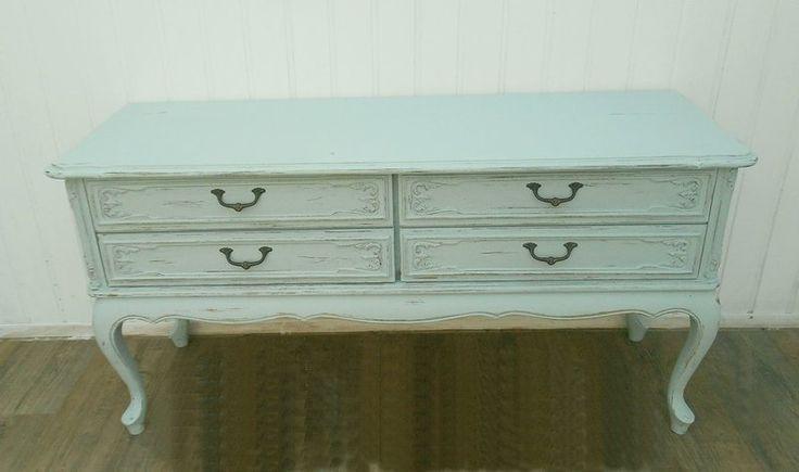 Kommode, zierliches Sideboard, Shabby  von Frieda auf DaWanda.com