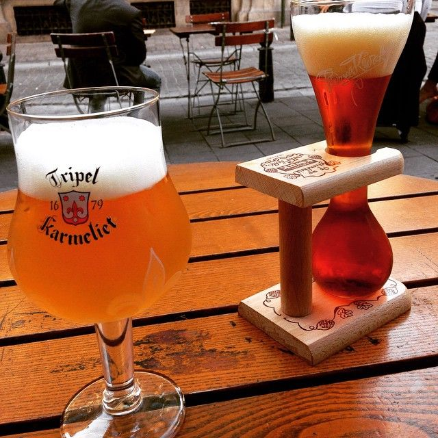 Degustação de cerveja.. Tarde gostosa heee calorzinho bom 😄 #belgium #beer #bruxelles #vacation #europa #love #jadore #cerveja #belgica #bruxelas #summer #happy #verao #braziliangirl