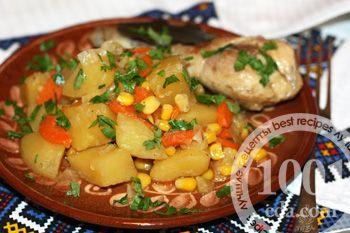 Овощное рагу с курицей и кукурузой в мультиварке