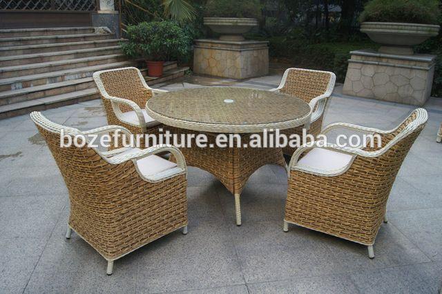 Extérieur jardin meubles de rotin torsadée ensemble à manger / chaise en osier chaise de table meubles de patio-en Mobilier d'extérieur depuis Mobilier d'extérieur sur m.french.alibaba.com.
