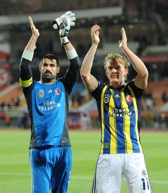Fenerbahçe - MP Antalyaspor | Volkan Demirel & Dirk Kuyt: Kuyt Wwwiddaamacsonuclarcom